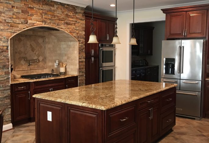 The Benefits of a Kitchen Counter Island